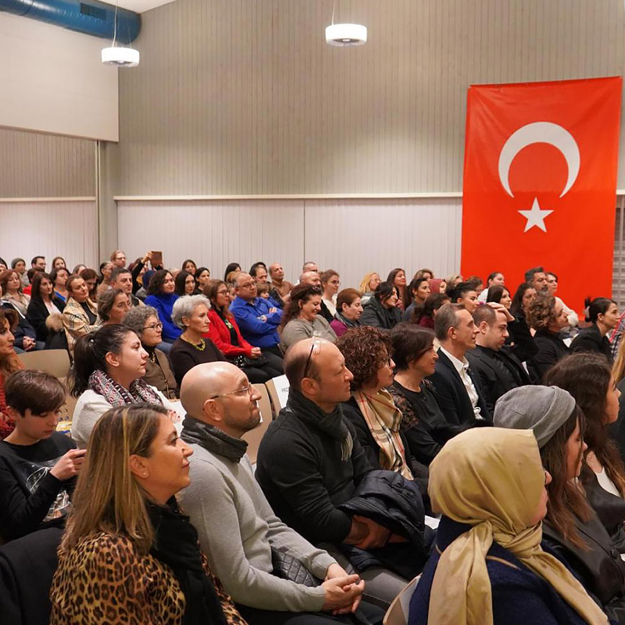 Üstün Dökmen Zürih Konferansı 2020 (10)