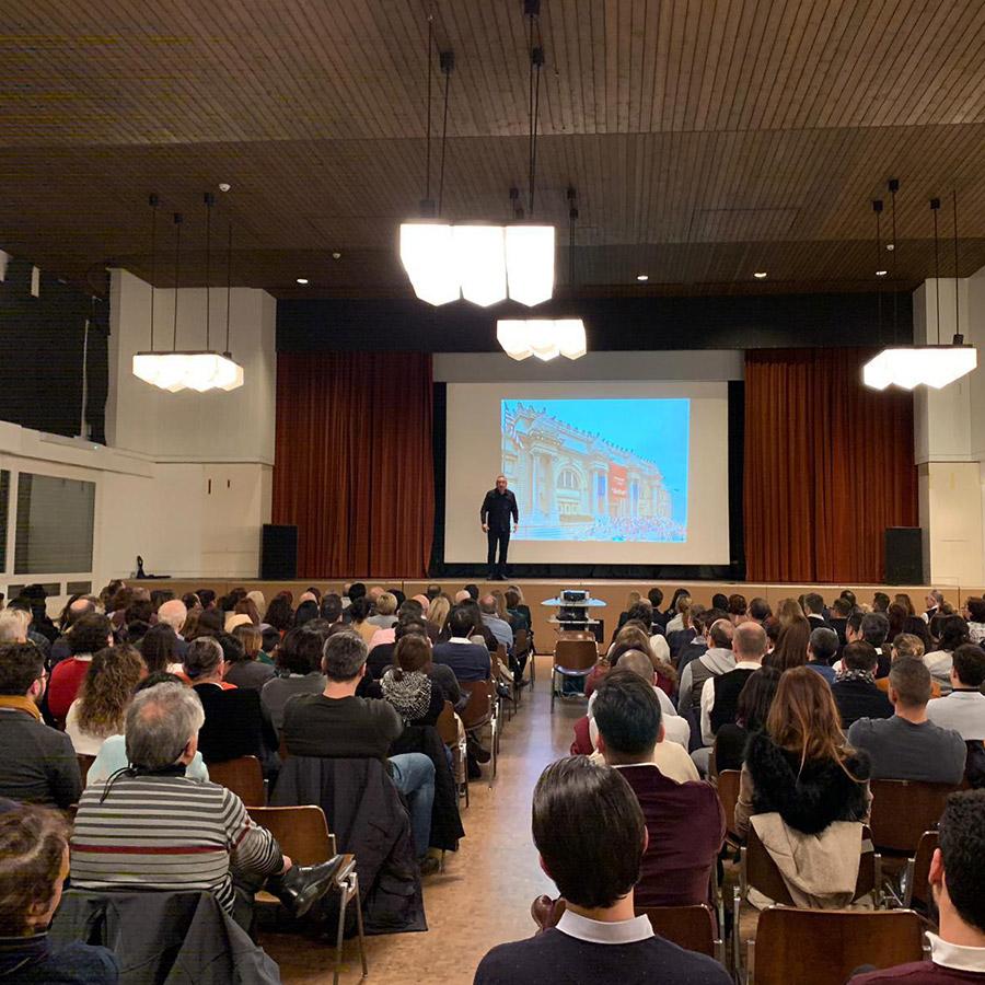 Sunay Akın Zürih Konferansı (15)